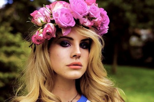 flower-crowns-fall-2013-latest-hair-fashion-trend-500x332