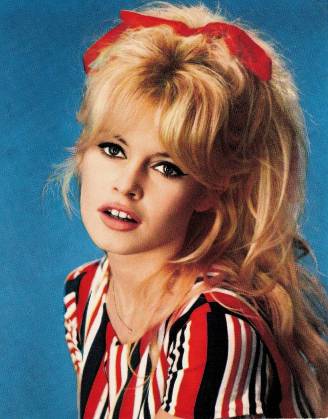 Brigitte-Bardot-beautiful-bb-18708275-802-10241